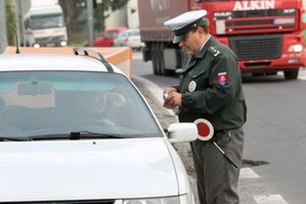 Vodiči, dávajte si zajtra na cestách zvlášť pozor!