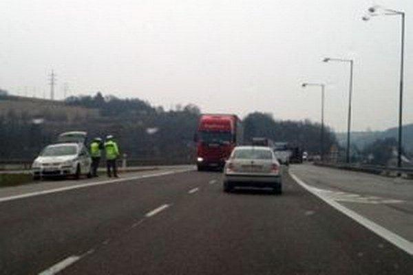 Jedným z opatrení na pozitívne ovplyvnenie bezpečnosti a plynulosti cestnej premávky bola osobitná kontrola v pôsobnosti OR PZ v Čadci.