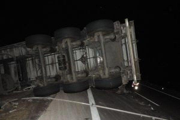 Nehoda si vyžiadala škodu 63-tisíc eur.