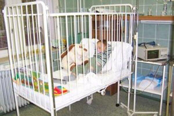 Deti sú aj počas leta vystavené nástrahám rôznych ochorení,   pre ktoré skončia v nemocnici.