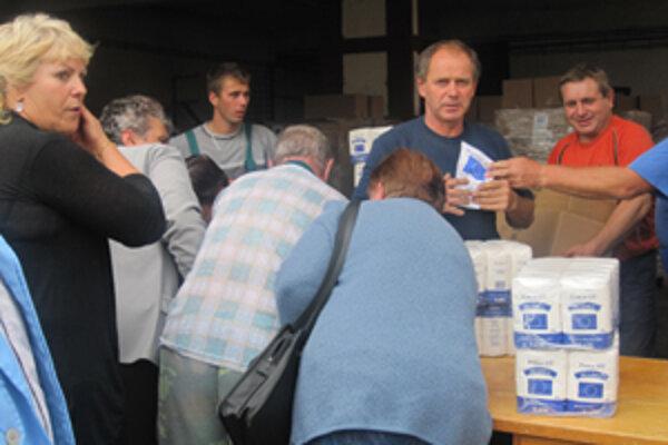 Potraviny zadarmo majú pomôcť sociálne znevýhodneným obyvateľom.
