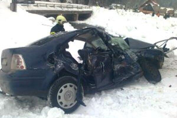 Pri dnešnej nehode vyhasol život mladej ženy.
