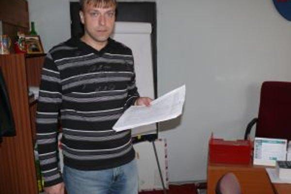 Starosta obec Juraj Strýček hovorí, že momentálne zháňajú nového správcu.