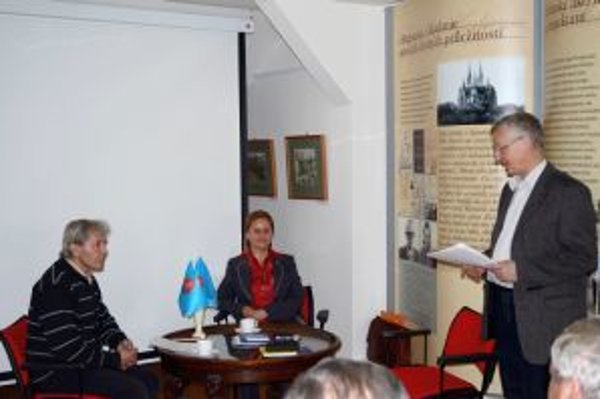 Na festivale Slovesná jar sa predstavili mnohí slovenskí spisovatelia. Hovorilo sa o literatúre a kultúre a ich osude a smerovaní.