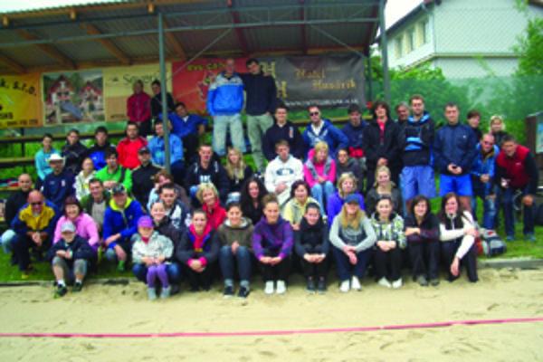 Turnaja sa zúčastnilo 26 dvojíc.
