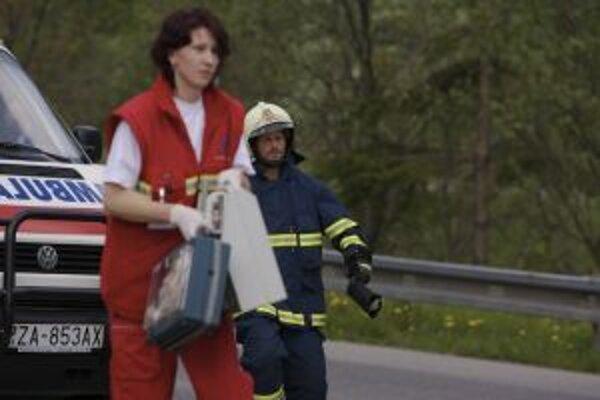 Záchranári majú v týchto dňoch plné ruky práce.