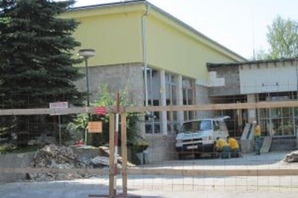 Kysucká knižnica čakala na rekonštrukciu už 30 rokov.