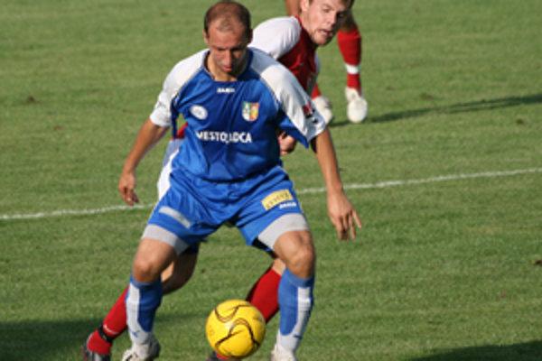 Futbalový klub už po druhýkrát nedodržal stanovený termín. Plánovaná transformácia po ZZO Čadca, a. s. sa tak nerealizovala.