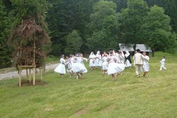 Jánske ohne majú  na Kysuciach svoju tradíciu.