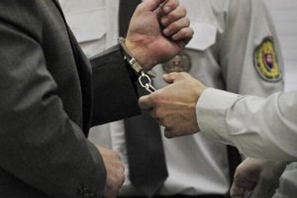 Pojednávanie so sudcom Okresného súdu v Čadci Štefanom M. odročili.