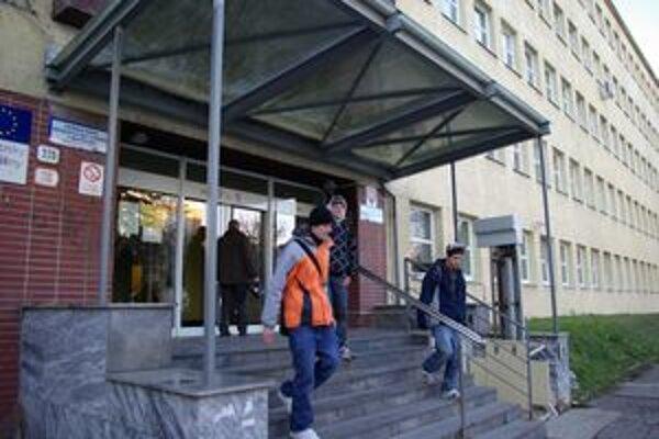 Na Úrade práce v Žiline pribúdajú nezamestnaní.