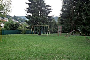 Detské ihrisko na Dedovci.