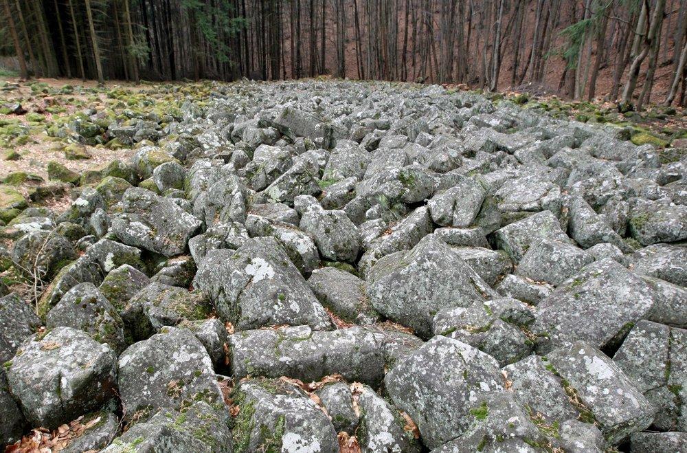 Kamenné more v Malej Lehote pri Novej Bani vyhlásili na národnú prírodnú pamiatku v roku 1975.