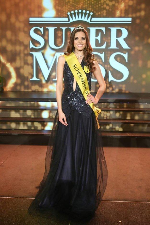 Českej súťaže sa Paulína zúčastnila ako jediná Slovenka. Za Supermiss Media si ju zvolili čitatelia denníka Blesk.