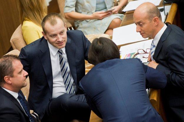 Boris Kollár (v strede):