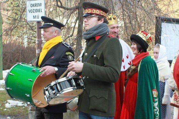 Kráľ a kráľovná karnevalu.