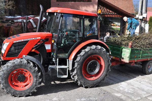 Po Oravskej Porube chcú nový traktor aj v Chlebniciach.
