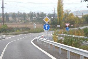 Zmena v prednosti v jazde na tejto ceste niektorých vodičov stále mätie.
