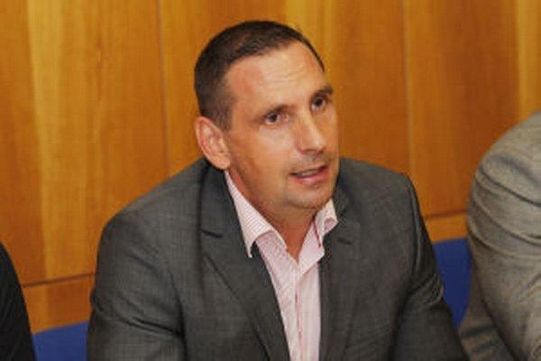 Petra Antala voliči vo funkcii primátora Žiaru potvrdili.
