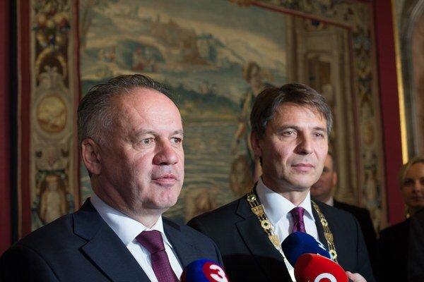 Prezident SR Andrej Kiska a primátor hlavného mesta SR Bratislavy Ivo Nesrovnal.