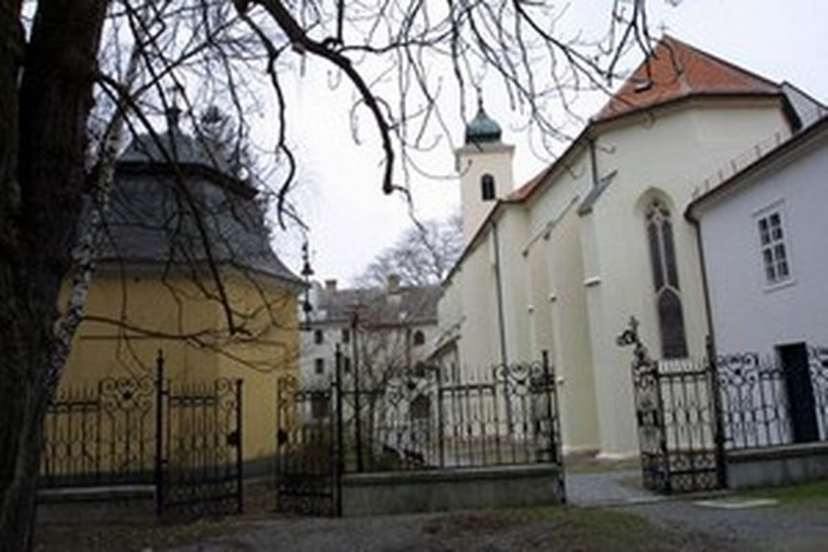 961eb6355 Šesť kandidátov na starostu sa snaží spojiť Marianku - Bratislava SME