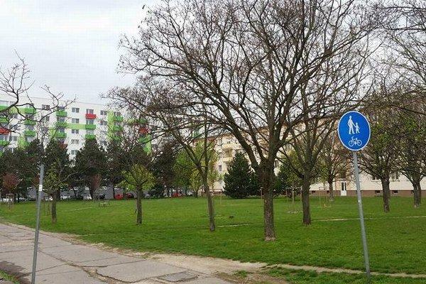 Pozemok pre náhradné byty v Ružinove.