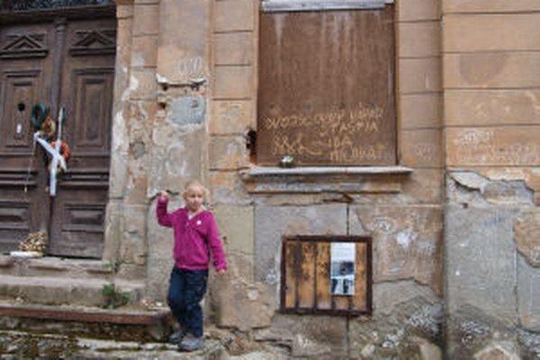 Mini diela umelcov mohli návštevníci mesta hľadať na nečakaných miestach už v predchádzajúcich dvoch rokoch.