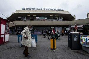 Voči Hlavnej stanici sú kritickejší domáci ako turisti.
