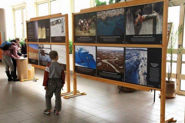 Výstava putuje po Slovensku.