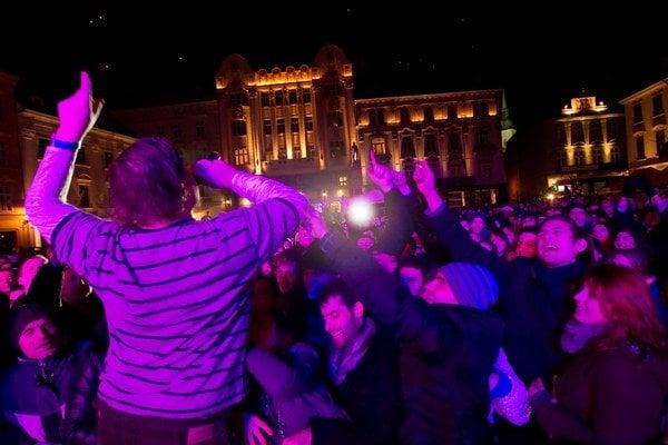 Po Silvestri hluk z bratislavských ulíc nezmizne.