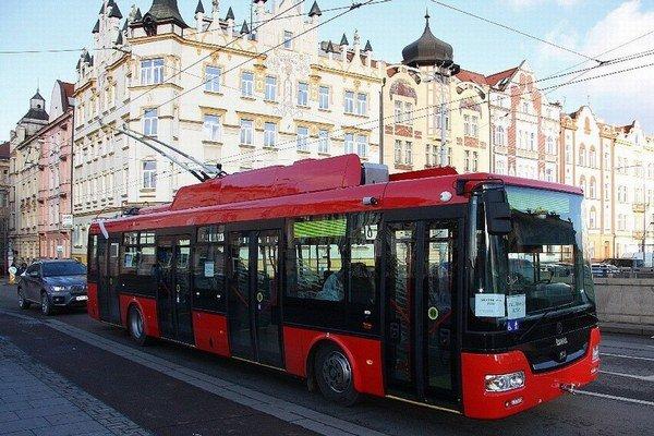 Bratislavský trolejbus v Plzni.