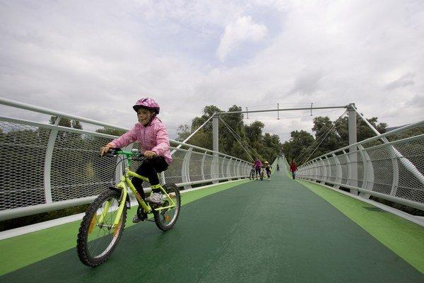 Kraj z externých peňazí platí aj projekty podporujúce cyklistov.