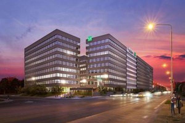 Nové kancelárie majú byť dokončené na jeseň 2014.