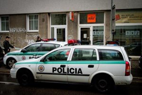 Polícia registruje menej trestných činov ako v minulosti.
