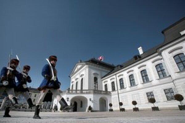 Grassalkovichov palác je od roku 1996 sídlom prezidenta Slovenskej republiky.