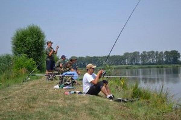 V tábore sa učili ako ryby loviť aj sa o ne starať.