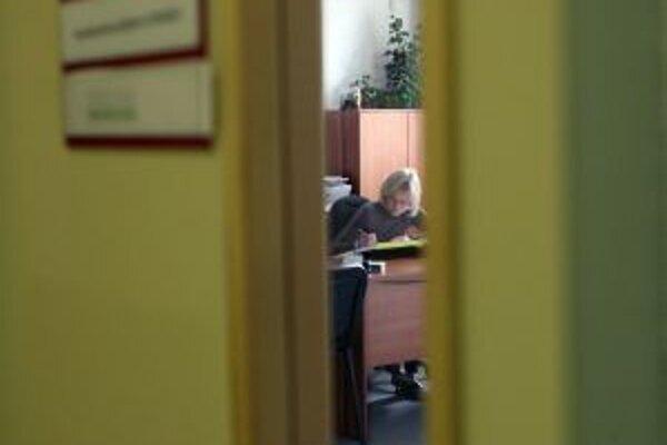 Etický kódex zamestnanca mesta prijmú po Žarnovici, Žiari a Kremnici aj v Novej Bani.
