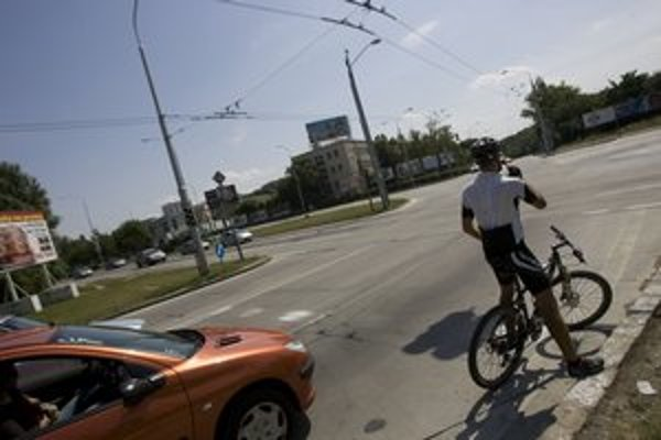 Cyklistov je v meste stále viac, podľa Cyklokoalície ich za dve hodiny prejde mestom tisícka.