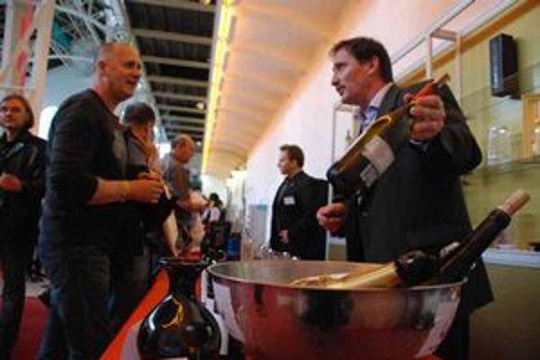 Ochutnávky vín v Starej tržnici.