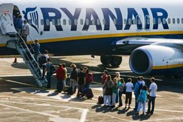 Letisko tvrdí, že dodržiavanie európskej smernice o bezbariérovom prístupe kontrolovala Slovenská obchodná inšpekcia a nedostatky nezistila