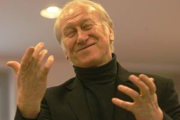 Sládek má za sebou už 50-ročnú kariéru. Výročie oslávil vlani na doskách Slovenského národného divadla s programom Best of Milan Sládek.