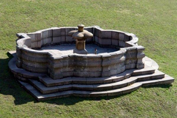 Baroková fontána v Kremnici.