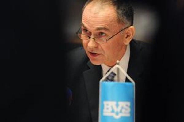 Gemeran bol riaditeľom BVS osem rokov. Ftáčnik tvrdí, že spoločnosť pod jeho vedením tunelovali.