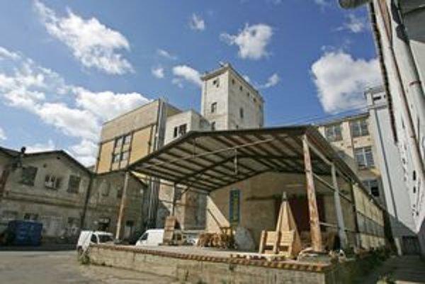 Výroba v Cvernovke sa skončila v roku 2003.