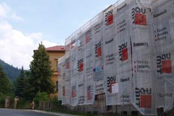 Mesto už mesiace pred dokončením vie, že projekt sa predraží. Peniaze navyše chce získať z úveru.