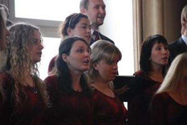 Zbory prichádzajú do Bratislavy súťažiť.