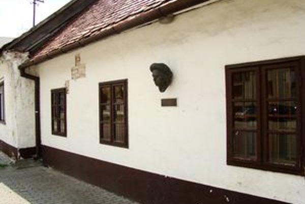 Rodný dom barokového maliara-portrétistu Jána Kupeckého v Pezinku.