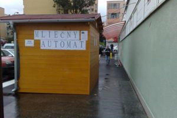 Mliečny automat v Dúbravke začne fungovať 9.augusta.