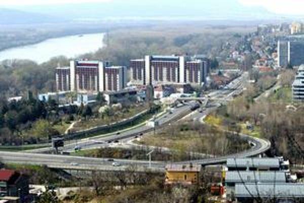 Smer do centra na zjazde z Mosta Lafranconi a možnosť otáčania pri Riviere mesto vyznačí v najbližších dňoch.
