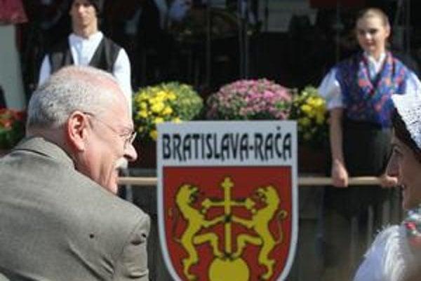 Na račianskom vinobraní sa v minulosti zúčastňovali aj štátni predstavitelia – napríklad prezident Ivan Gašparovič.
